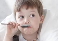 Sok koji izbacuje sluz iz dječjih pluća i diže imunitet: Jedna čašica čini čuda! (RECEPT)