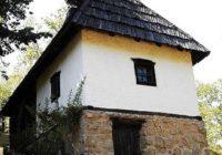 ČUDO U TRŠIĆU, vlasnici zvali stručnjake: Kuća se zagreva sama od sebe, temperatura se iz čista mira penje na 40 stepeni!