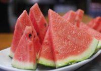 SAVET iskusnog poljoprivrednika: Kako da odaberete najslađu i najukusniju lubenicu?!