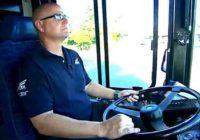 Vozač autobusa je imao čudan osećaj u vezi jednog dečaka u busu, a onda je otkrio nešto neverovatno
