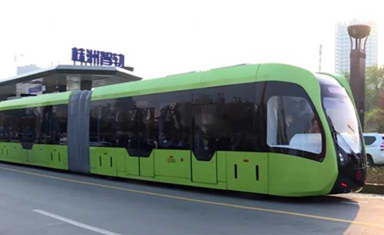 KINESKO ČUDO: Voz koji nema šine, efikasniji od autobusa, jeftiniji od tramvaja (VIDEO)